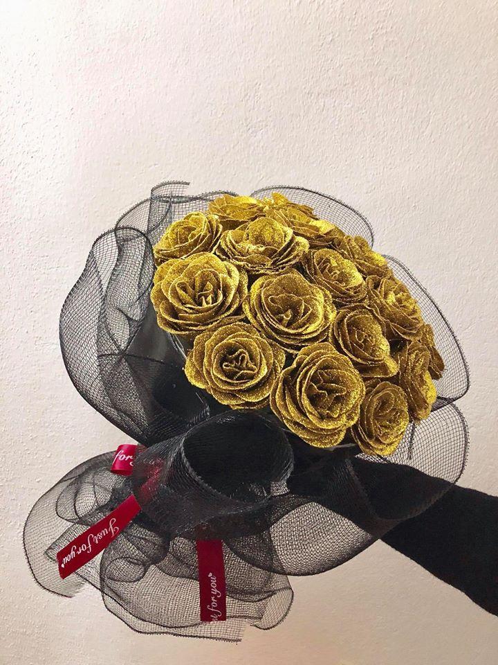 Hoa Nhũ Vàng phối lưới